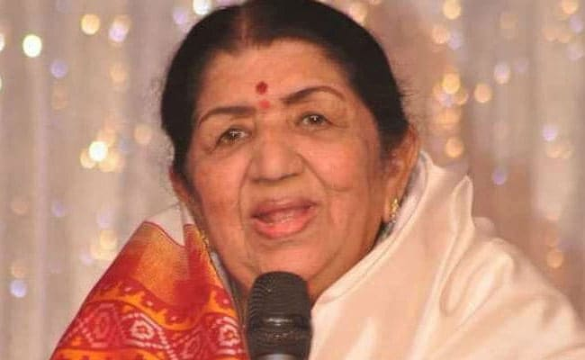 Lata Mangeshkar is in I C U