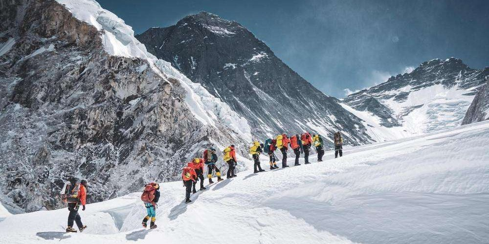 The Team of Prince Baharain is the First Team to Climb Mt. Everest to a New Height