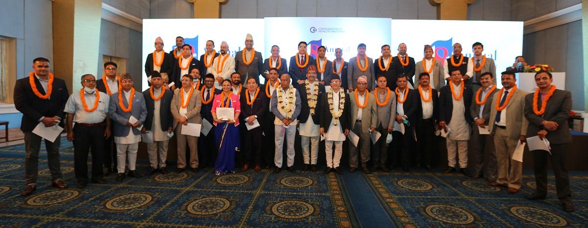 नेपाल उद्योग परिसंघको अध्यक्षमा विष्णु अग्रवाल, ३७ सदस्यीय राष्ट्रिय परिषद निर्विरोध चयन